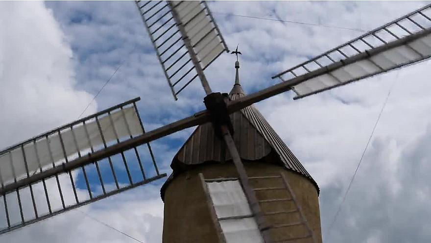 Moulin à vent de Durban #Gascogne #Gers #Occitanie #TvLocale @ValDeBaïse @smartrezo